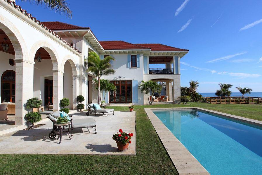 Casas beira mar miami arquiteto caio pelisson for Fachadas de casas en miami florida