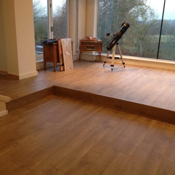 Piso porcelanato tipo madeira piso porcelanato que imita for Posa parquet laminato ikea